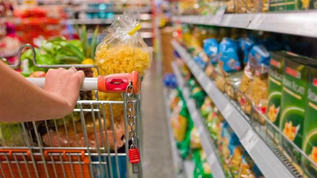 Dieese mostra queda do preço da cesta básica em 21 capitais