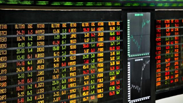 Bolsa fecha em alta e atinge maior nível em dois meses