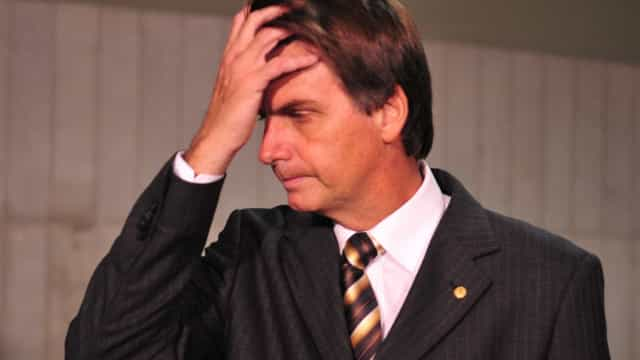 Bolsonaro é hostilizado em camarote por torcedores do Palmeiras