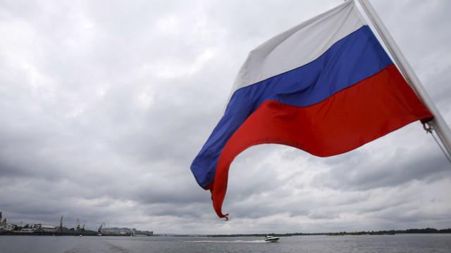 Rússia promete 'dura resposta' a ordem de fechamento de consulado