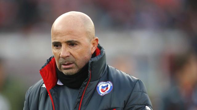 Santos fecha com Sampaoli e espera técnico para assinar contrato