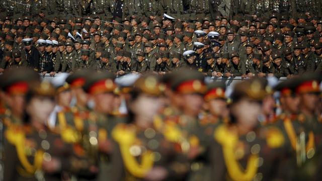 Se preparando para a guerra, Coreia do Norte treina evacuação em massa