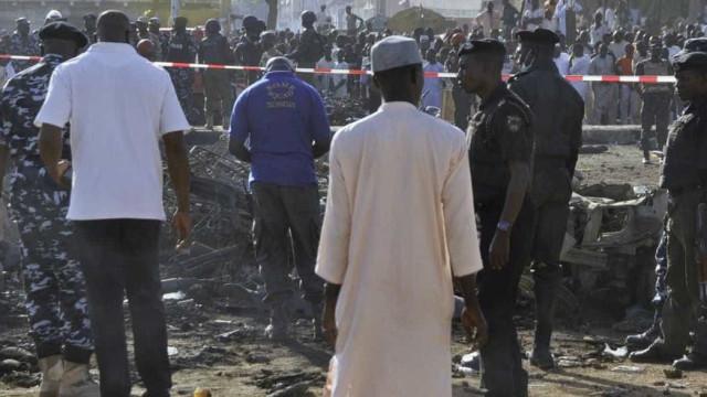 Ataque suicida em mesquita deixa 50 mortos na Nigéria