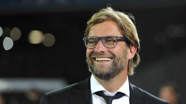 Técnico do Liverpool tem reação hilária após vitória sobre o Man. City