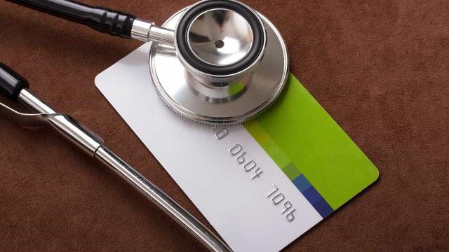 Planos de saúde querem cobrar franquia sem limite