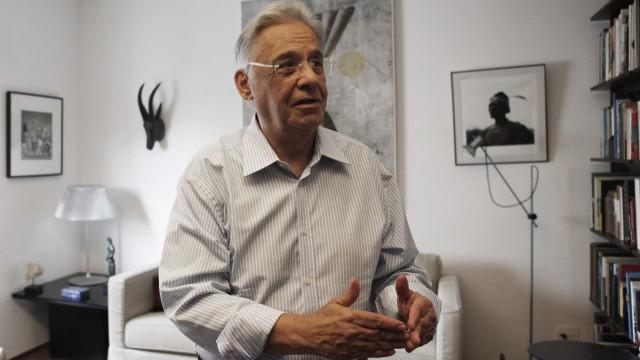'Bolsonaro é autoritário e ainda não existe', diz Fernando Henrique