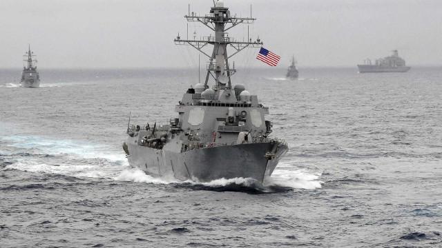 Marinha dos EUA ajuda nas buscas pelo submarino argentino