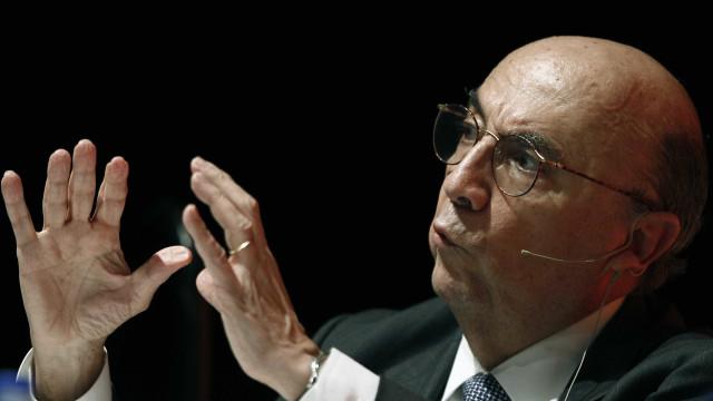 Recuperação da economia é nítida e está se acentuando, diz Meirelles