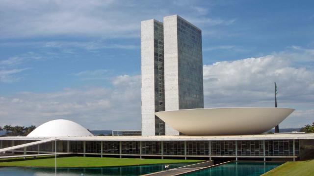 Reforma política começa a ser votada em plenário nesta quarta-feira