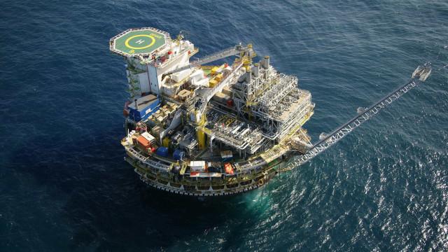 Congresso prorroga MP que cria nova tributação para setor de petróleo