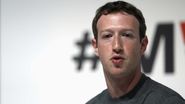 Facebook: internet não perdoa Mark Zuckerberg sobre escândalo