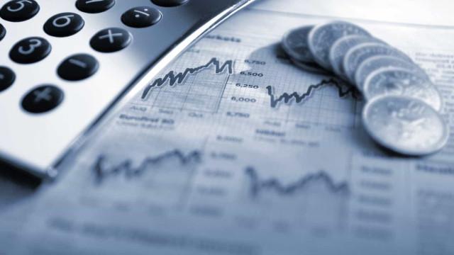 Contas públicas fecham semestre com melhor resultado em três anos