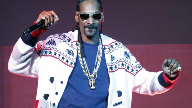 Snoop Dog lança livro de receitas