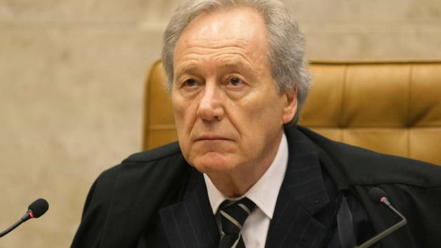 Lewandowski rejeita ação contra reajuste de ministros do STF