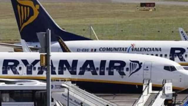 Greve na Ryanair se agrava e pilotos rejeitam 'bônus'