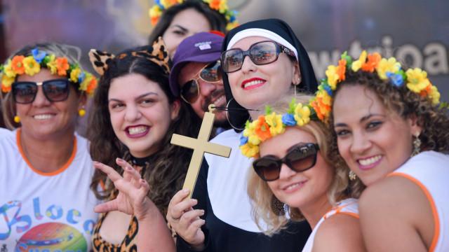 11 dicas de sobrevivência para foliões no Carnaval