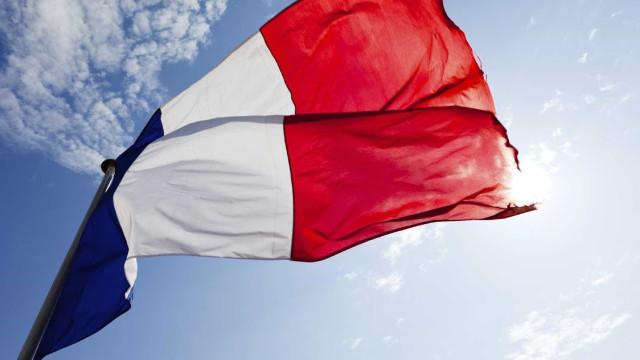 Estado Islâmico faz reféns no sul da França; 1 morte foi confirmada