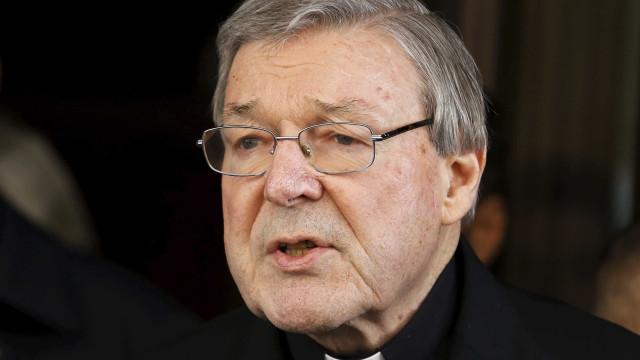 Justiça pune arcebispo por abuso sexual pela 1ª vez