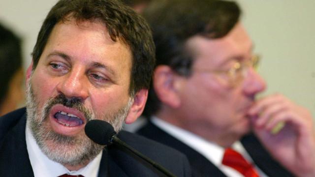 Delúbio vai se entregar à PF, afirma defesa