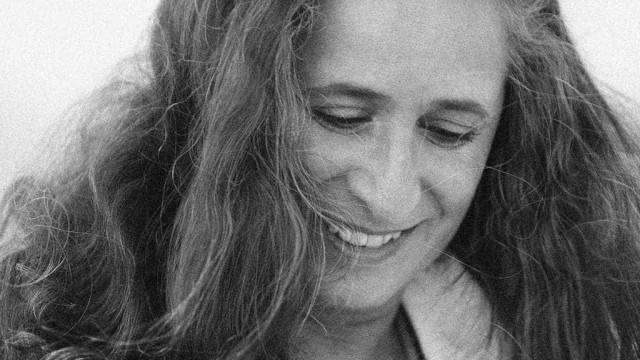 Há 40 anos, Maria Bethânia trazia frescor à MPB com 'Álibi'