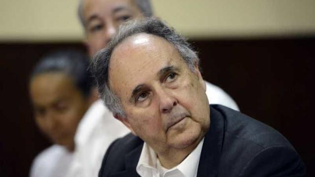 Cristovam Buarque quer se licenciar do Senado e viajar pelo país