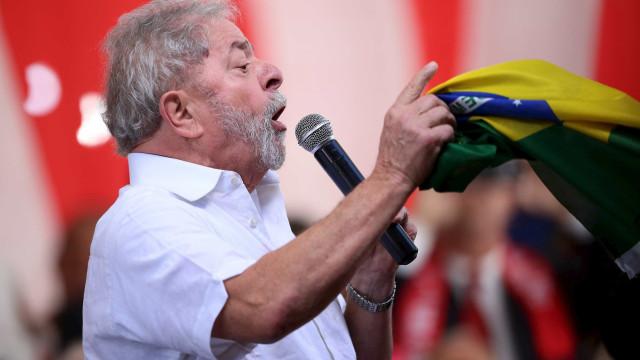 Com Lula no páreo em 2018, partidos avaliam romper com Temer