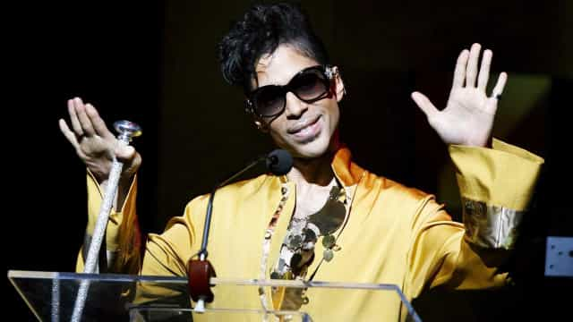 Cópia de álbum raro de Prince é vendida por 15 mil dólares
