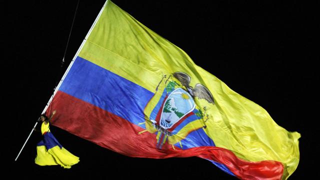 Acidente com dois ônibus no Equador deixa onze mortos