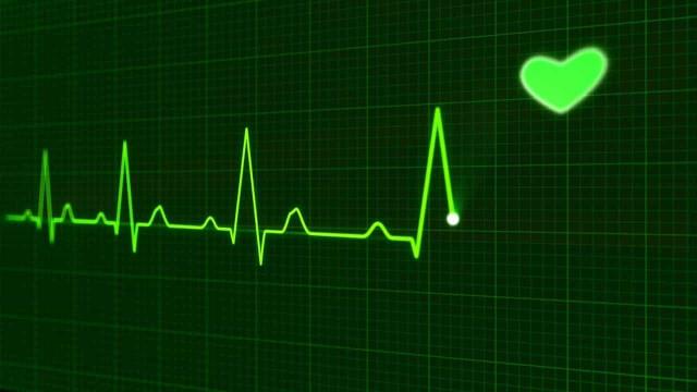 Crianças mais baixas apresentam maior risco de enfarte na idade adulta