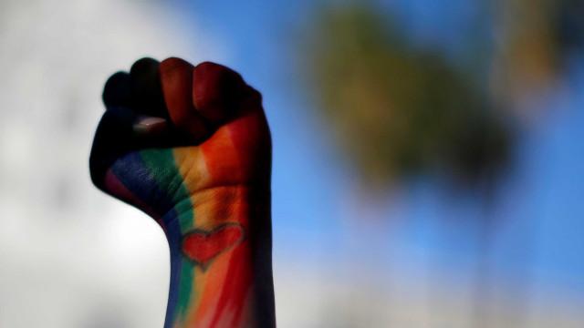 YouTube é acusado de prejudicar vídeos LGBTQ