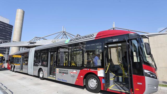 Ônibus perde espaço para metrô, trem e aplicativos em São Paulo