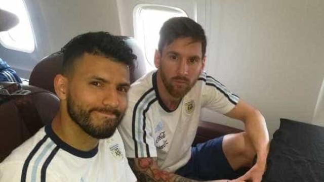 Messi critica AFA após longa espera em avião