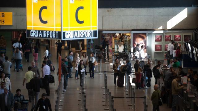 2 brasileiros são presos em Cumbica com mais de 40 kg de cocaína