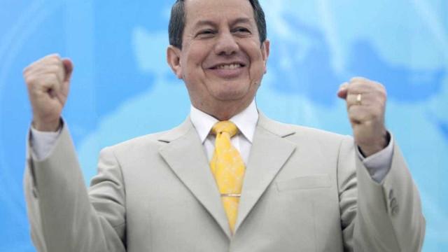 Durante culto, R.R. Soares faz 'pesquisa eleitoral' com fiéis