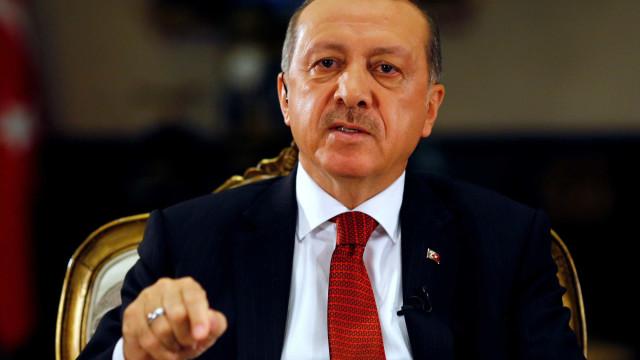 Erdogan diz que Turquia 'não se entregará' aos Estados Unidos