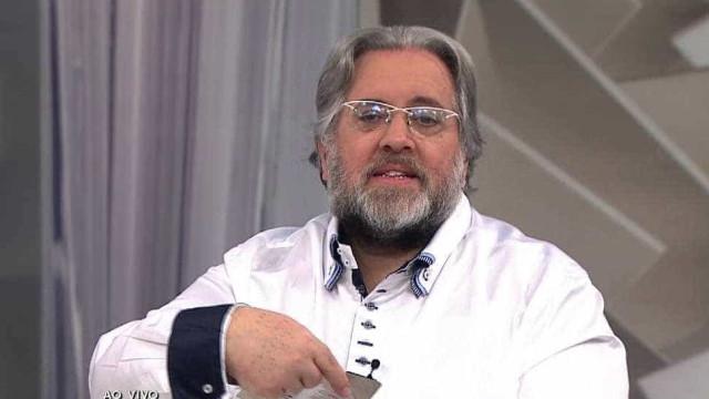 Leão Lobo fala mal de Xuxa e alfineta programa: 'Tem audiência?'