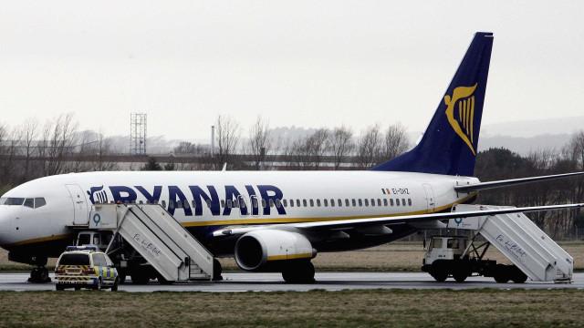 Brasileira relata momentos de desespero após despressurização em voo