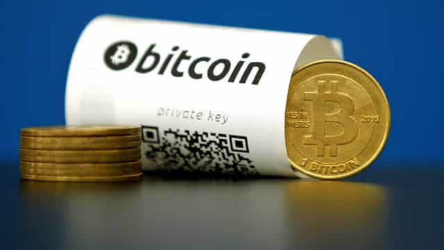 CVM proíbe compra de criptomoedas por fundos de investimento