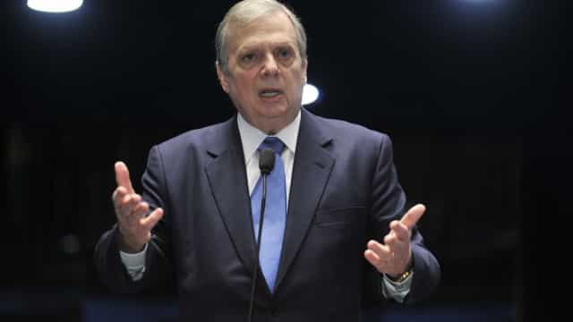 Candidato do PSDB à Presidência deve ser escolhido em prévia, diz Tasso