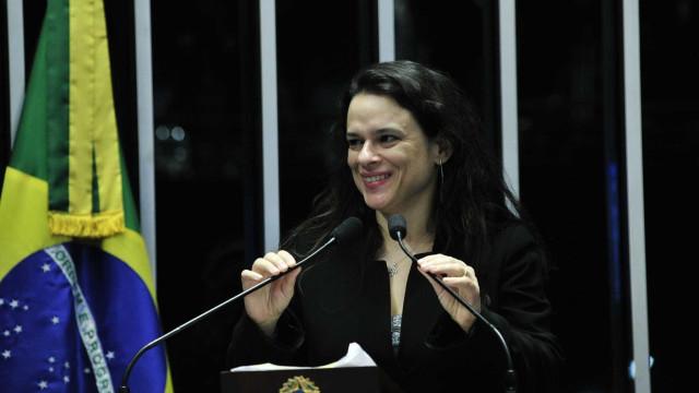 PSL incentiva nome de Janaína Paschoal para vice de Bolsonaro