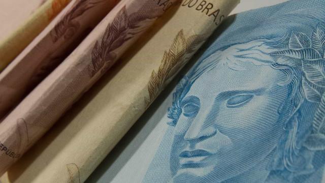 Governo calcula gastos de R$ 30 bi para segurar preço dos combustíveis