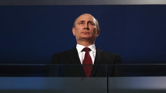 Putin disputará como independente as eleições russas