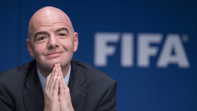 Em congresso da Fifa, Infantino insiste em Copa de 2022 com 48 países