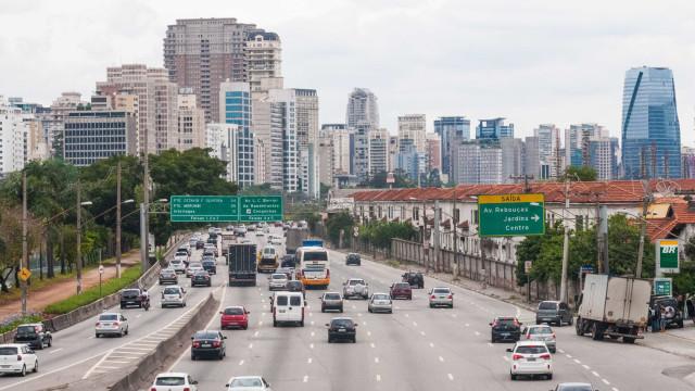 Mortes no trânsito aumentam 23% nas Marginais em 2017