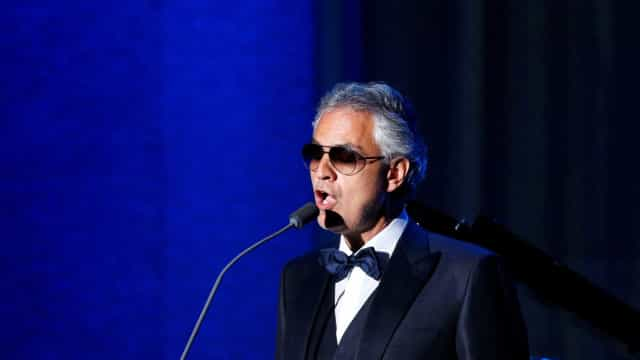 'Cantar com meu filho me causa imensa ternura', diz Bocelli