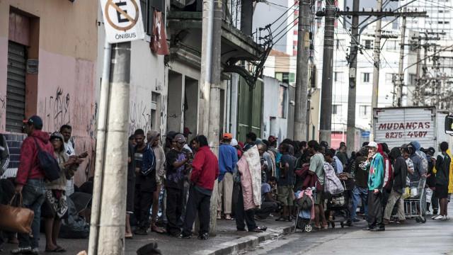 Gestão Covas quer cadastro dos usuários de drogas