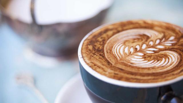 Receita de chocolate cremoso com café para você se deliciar