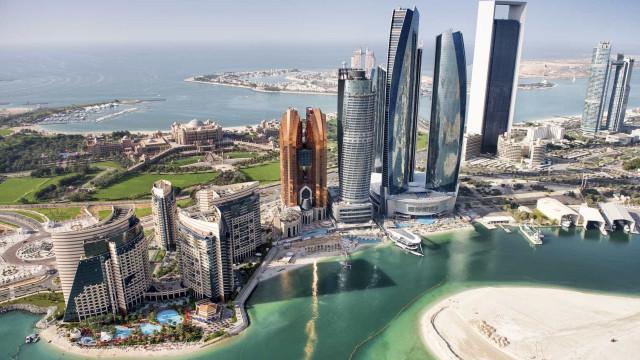 Brasileiros não precisarão de visto para ir aos Emirados Árabes Unidos
