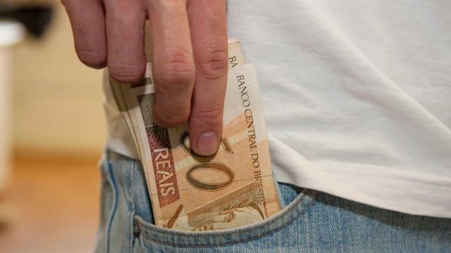 Receita paga 5º lote de restituição do Imposto de Renda nesta segunda