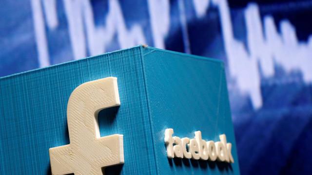 Facebook pede desculpa por promover jogo violento após massacre